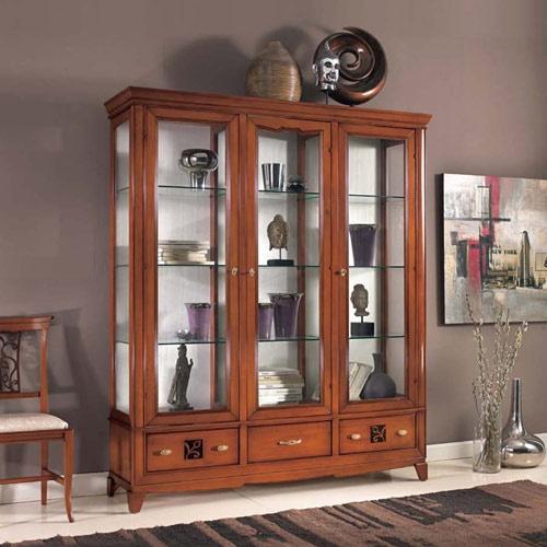 Vetrine mobili classici da soggiorno marchetti mobili for Mobili soggiorno particolari
